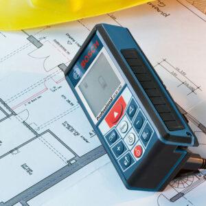 Máy đo khoảng cách GLM 100 cung cấp số liệu chính xác cho các kế hoạch hoàn hảo