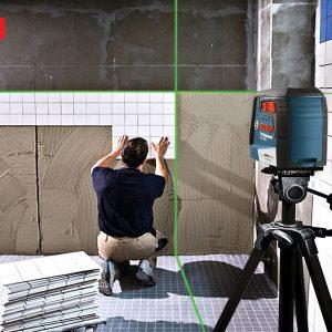 Máy cân mực laser tia xanh Bosch GGL 30 G trong ứng dụng lát gạch
