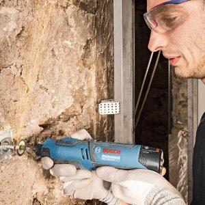 Máy cắt xoay đa năng Bosh GRO 12v-35 cải thiện tối đa tốc độ làm việc cho người lao động