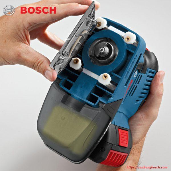 Tháo lắp phụ kiện chà nhám nhanh chóng với cơ cấu kẹp linh hoạt của máy chà Bosch GSS 18v-LI
